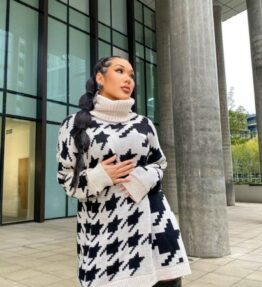 ONE SIZE and women's clothes at www.amora-shopping.com