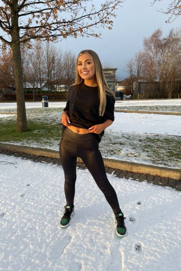 Shop Black Wet Look High Waisted Leggings and women's clothes at www.amora-shopping.com