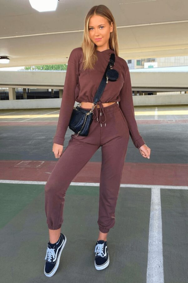 knitwear and Brown Cropped Hoodie & Jogger Lounge Set at www.amora-shopping.com