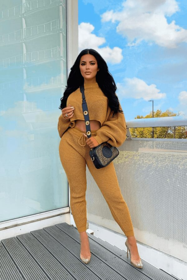 knitwear and Camel Waffle Knit Cropped Jumper Lounge Set at www.amora-shopping.com