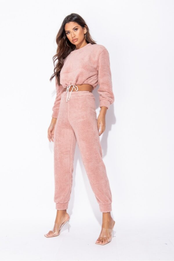 knitwear and Dark Pink Teddy Borg Cropped Top & Jogger Lounge Set at www.amora-shopping.com