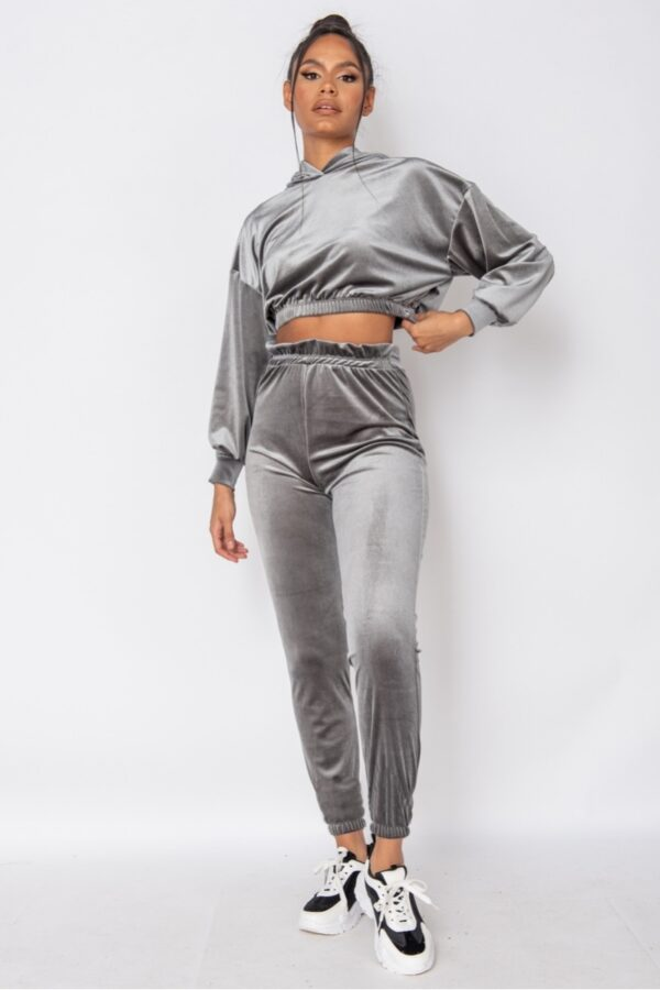 knitwear and Grey Velour Cropped Hoodie & Jogger Lounge Set at www.amora-shopping.com