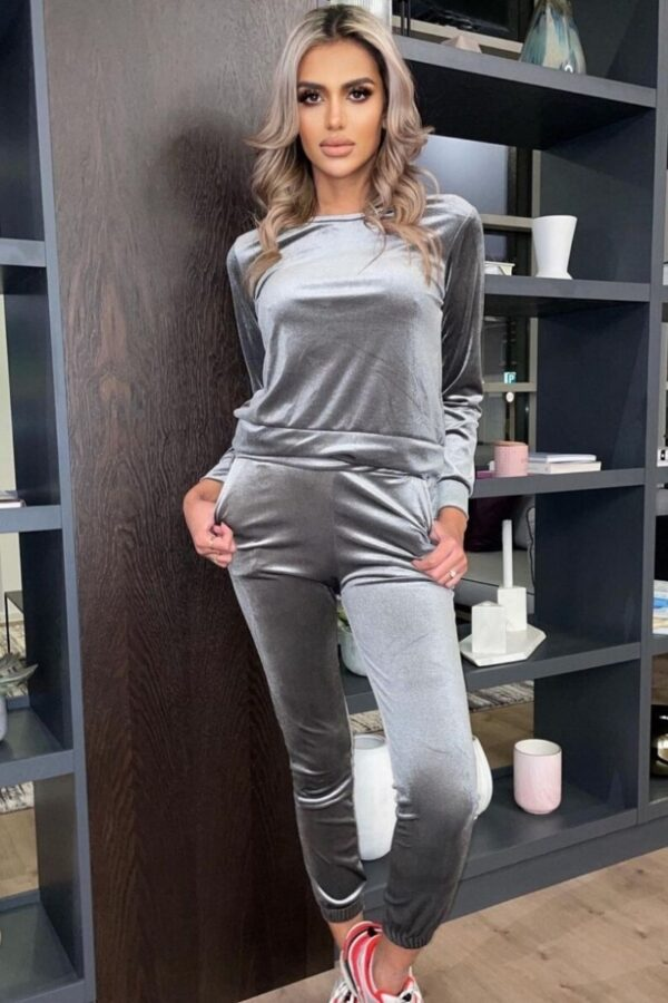 knitwear and Grey Velour Sweater & Jogger Lounge Set at www.amora-shopping.com