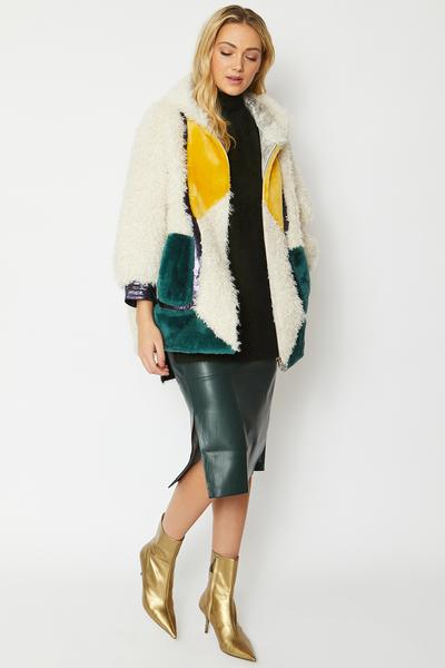 Shop Shearling Leather Kate Coat and women's clothes at www.amora-shopping.com