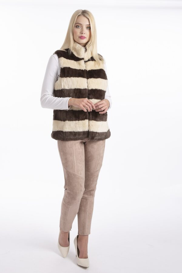 Shop Faux Fur Gilets at www.amora-shopping.com and discover Fully lined luxurious long faux fur gilet.