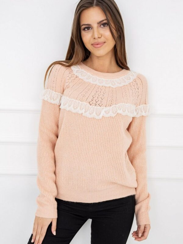 soft yarn. Delicate and pleasant to wear