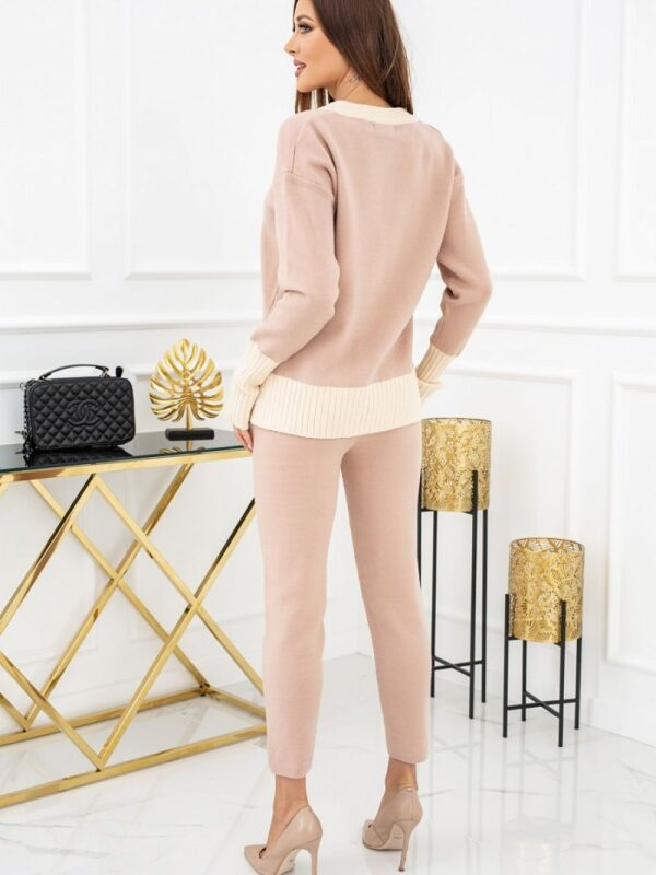 high-quality sweater set in caramel color. Perfect as a homewear. V-neckline that enhances feminine shapes. A simple