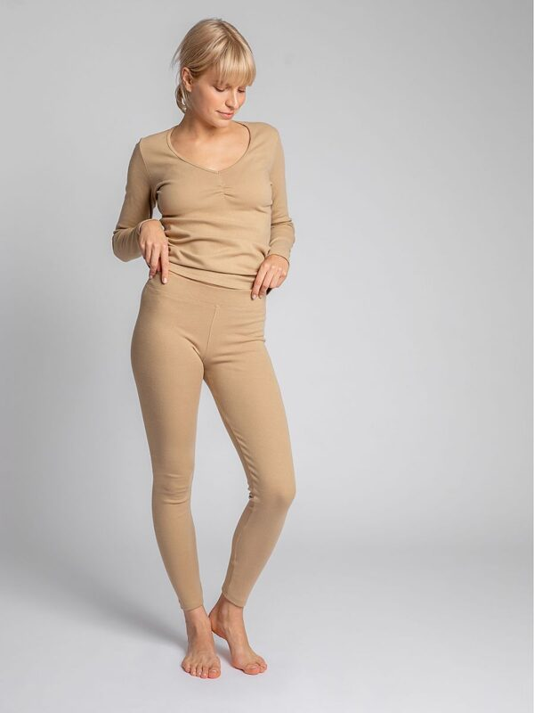 Shop At home or for sports. Which of us doesn't love leggings