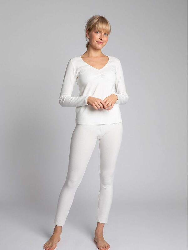 for going out on cold days as well as for sleeping. You can create many different sets with it. at www.amora-shopping.com