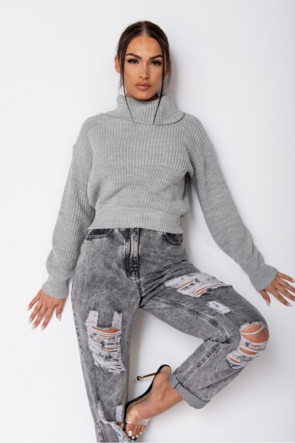 •Shop roll neck jumpers