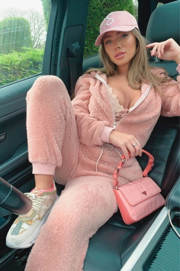 Shop Pink Teddy Borg Cropped Top & Jogger Lounge Set and women's clothes at www.amora-shopping.com