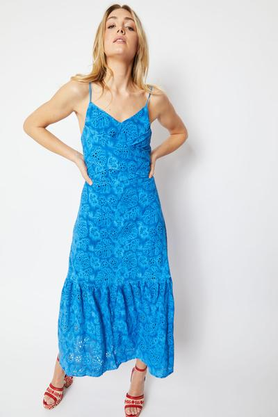 Shop Harriet Embroided Natural Cotton Dresses and women's clothes at www.amora-shopping.com