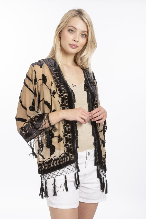 A fabulous finish to any outift. at Amora Shopping.