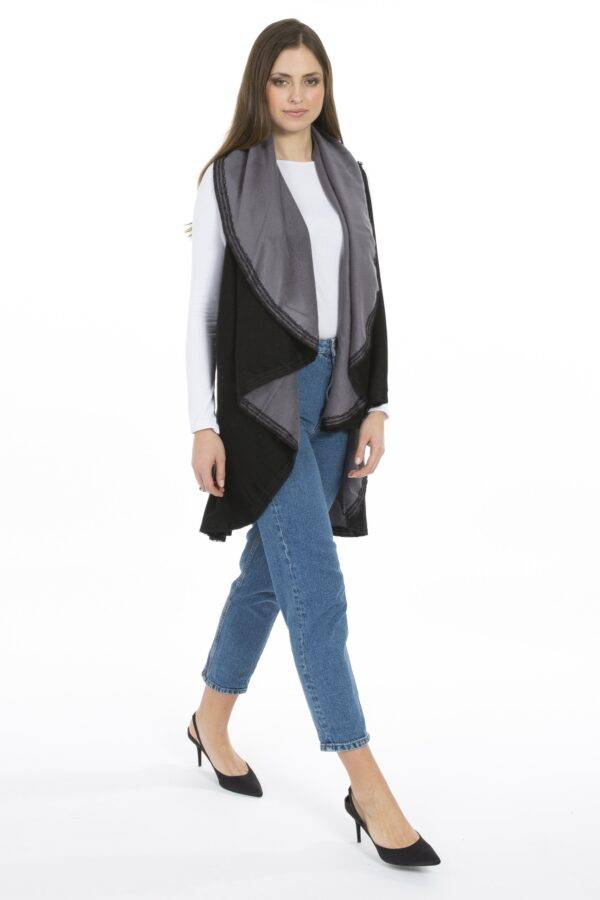 Shop Cashmere Reversible Capes at www.amora-shopping.com and discover Reversible cashmere cape with lace detail.
