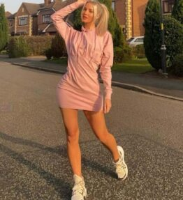 Shop Pink Pleated Hoodie Dress at www.amora-shopping.com