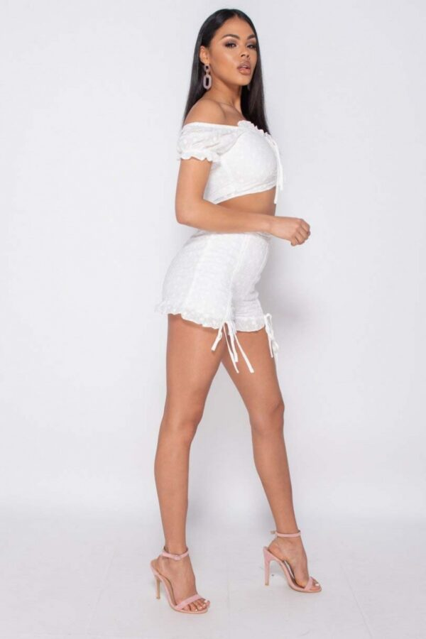 •Approx.: length top is 39cm & shorts 37cm based on a UK size 10